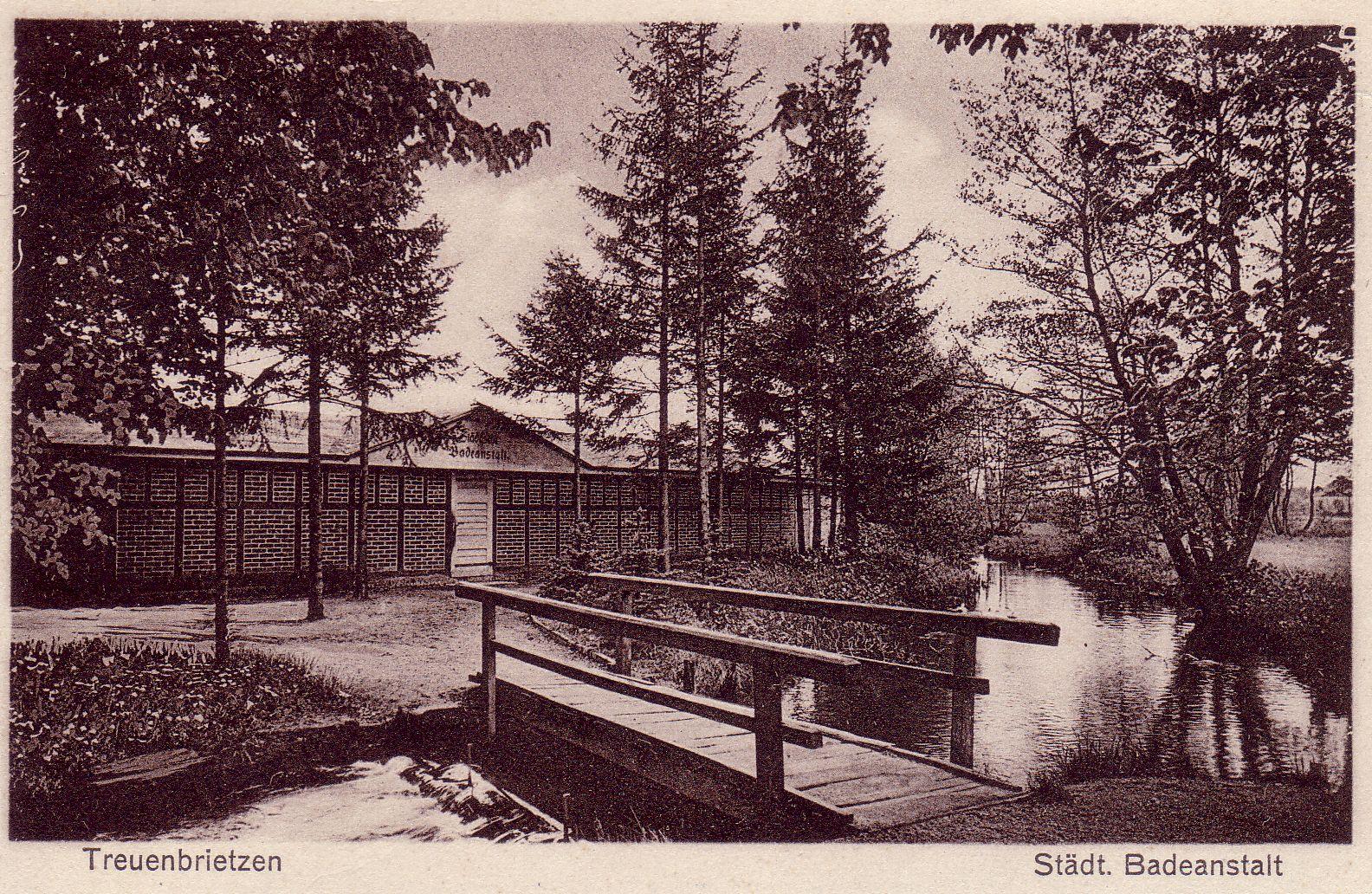 Die städtische Badeanstalt (Freibad) Treuenbrietzen im Jahr 1932